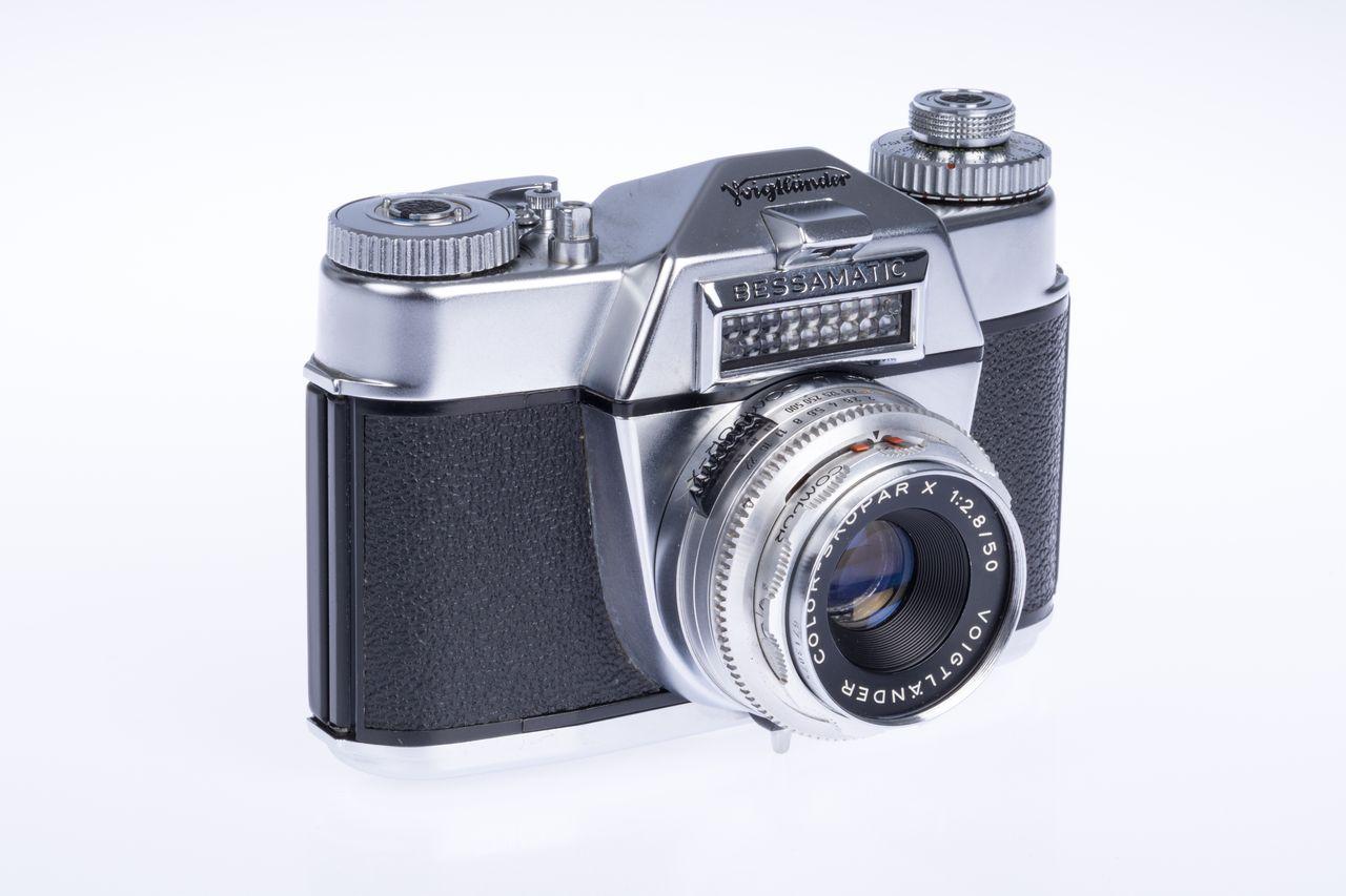 1959 Voigtlaender Bessamatic 01